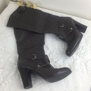Nine West Millicento Grey Silver Buckle Boots